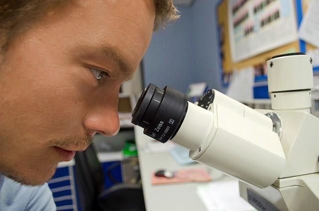 Carl Zeiss - Pionier der Optik